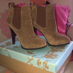 Jessica Simpson high heeled ankle booties 💖